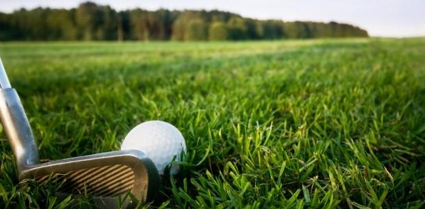 Tournois de golf, rallyes automobiles, soirées de gala… Qui invite qui? Enfin la vérité sur les frais liés à la gestion de votre portefeuille!